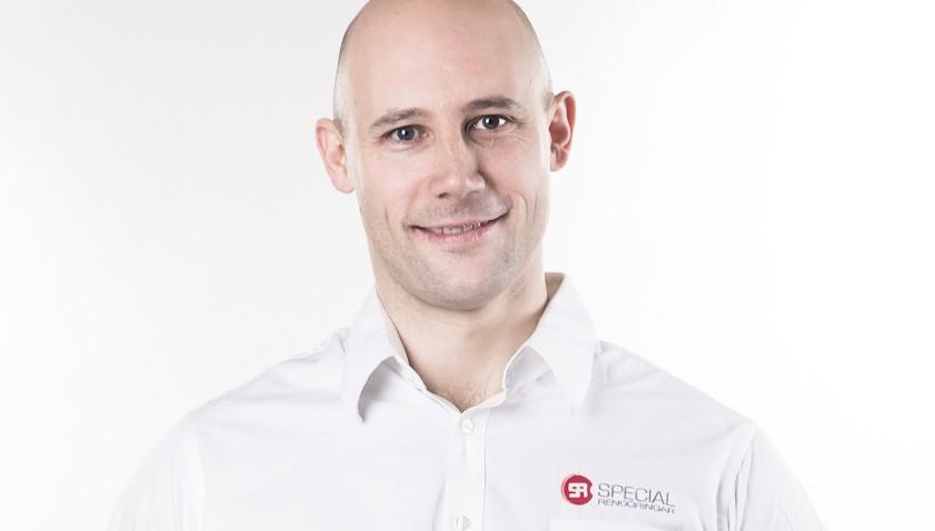 Kristian, vår expert på omfogning av tegelfasader.